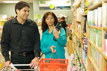 Economizando en las compras de alimentos