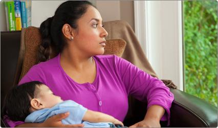 Sentirse triste después del parto, ¿es normal?