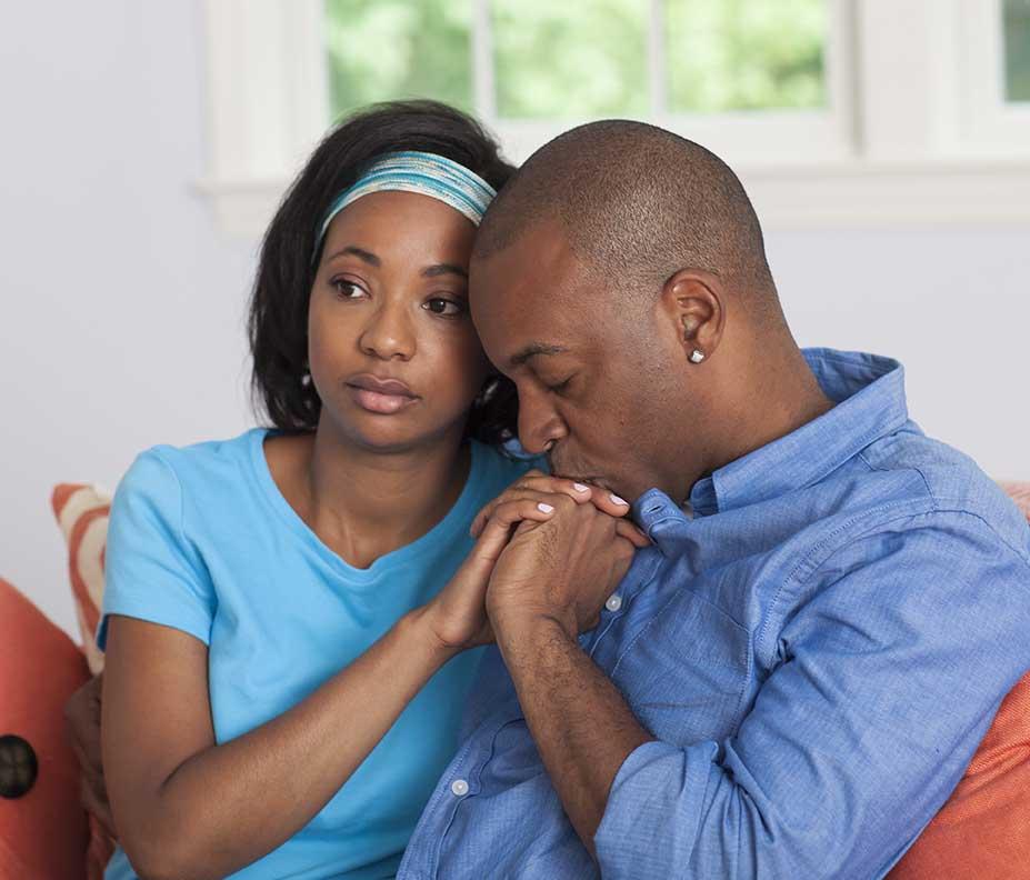 Cómo puede ayudar a los padres que han sufrido la pérdida de su bebé