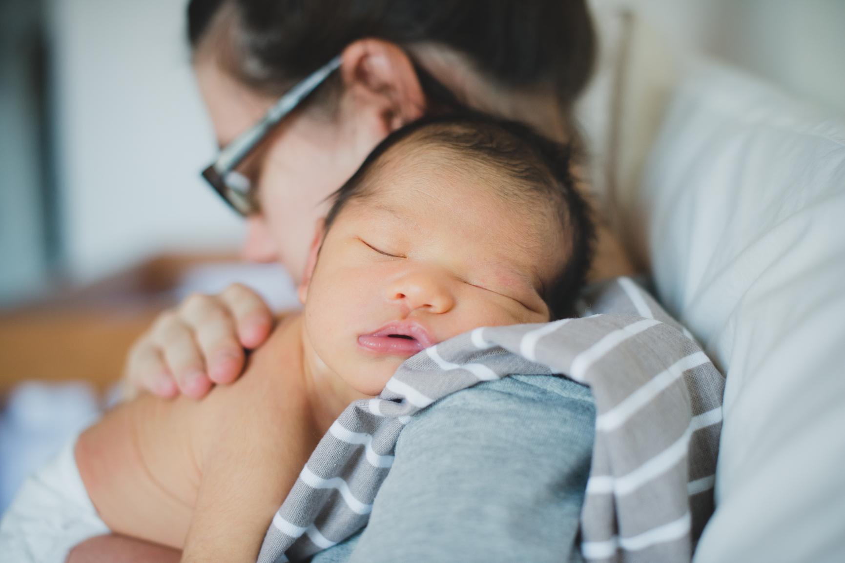 El embarazo, el nuevo bebé, y el estrés de los  días festivos